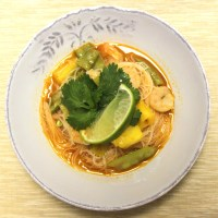 Coconut Rice Noodles with Shrimp and Pineapple