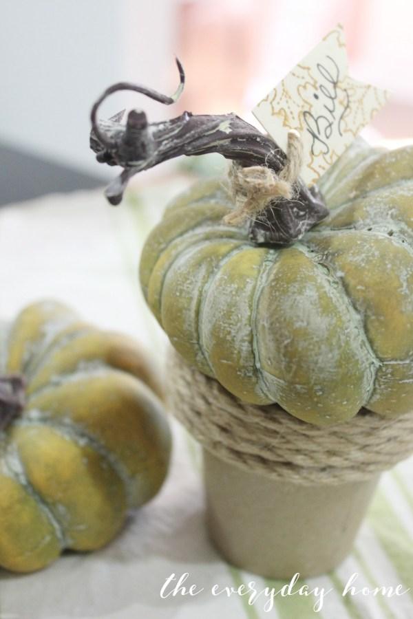 Pumpkin Pot Placecard | The Everyday Home | www.everydayhomeblog.com