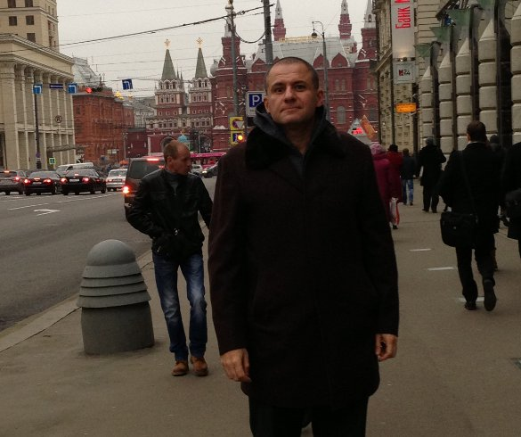 Ronn Torossian near Red Square