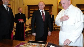 Vladimir Putin presented the Vladimir Icon of the Mother of God to Pope Francis; the Pope gave the President a majolica depicting the Vatican Gardens.