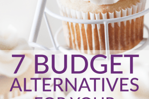 Cake is integral to most weddings, but you don't have to go with a traditional one. Try these 7 budget wedding cake alternatives to keep your budget down!