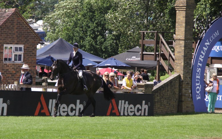 Alltech Continue to Support Showing Classes at Hickstead