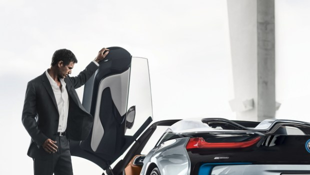 bmw i8 roadster door up