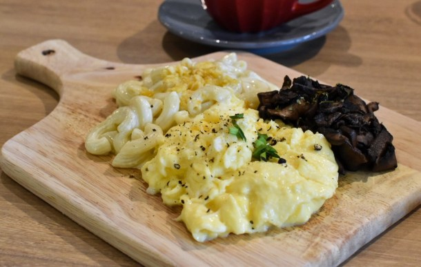 Scrambled Eggs, Portobello Mushroom, Mac and Cheese
