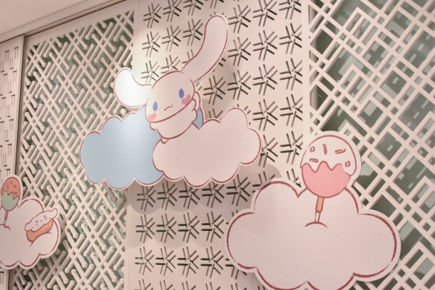 Super cute wallpaper (2). HAHA! Cinnamoroll friends are all named after food like, mocha, chiffon, cappuccino, espresso etc. HAHA!
