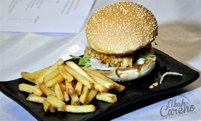 brolly-crab-factory-chicken-burger