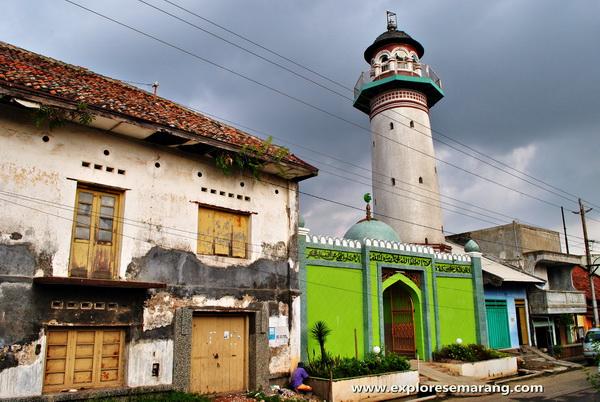 Menara masjid layur Semarang