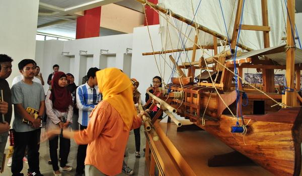 Perahu Cadik