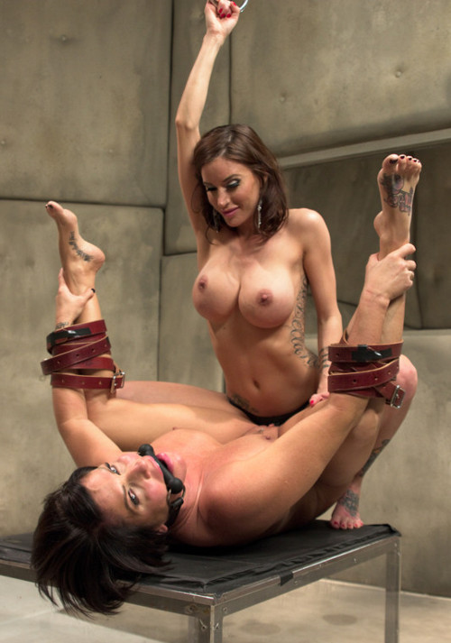 lesbian catfight submissions