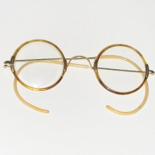 Windsor style tortoise shell gold filled Ful-Vue glasses 1928