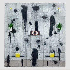 Rashid Johnson, Good King, 2013, mirrored tile, black soap, wax, shea butter, plants, vinyl, 426.7 x 426.7 x 35.6 cm. Credits: © Rashid Johnson Courtesy the artist and Hauser & Wirth Photography by Martin Parsekian
