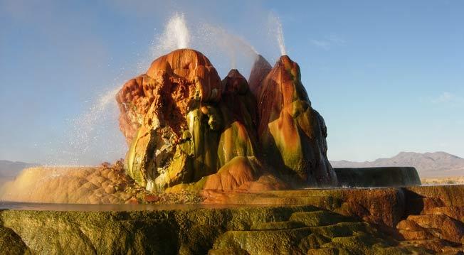 Flytende geysir i Nevada