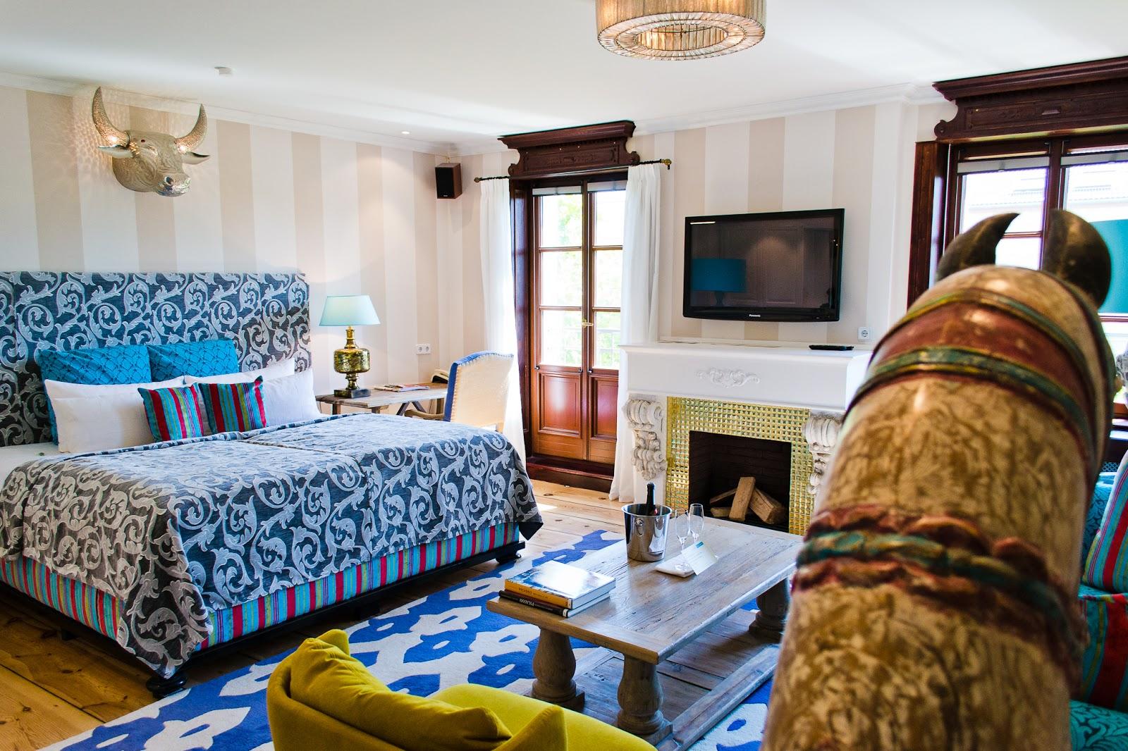 hotel Ackselhaus é um verdadeiro achado para quem procura design  #1E4677 1600x1066 Acessorios Banheiro Hotel