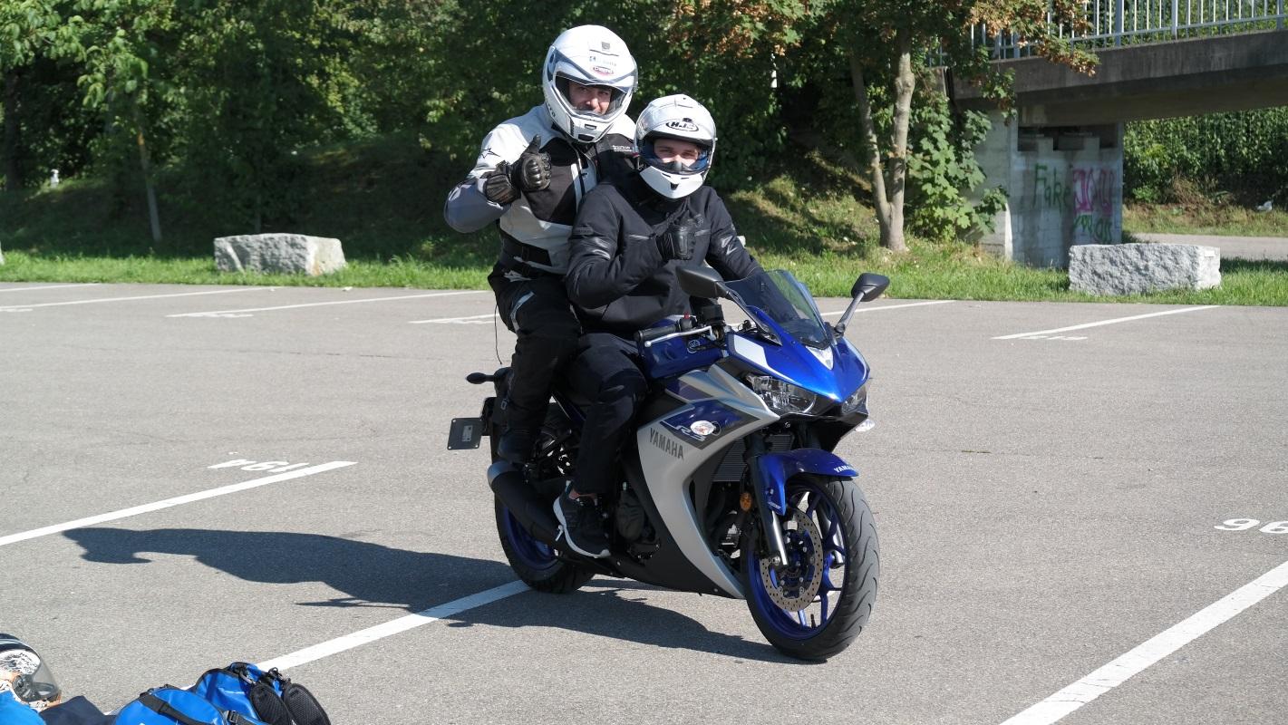 Motorradfahrstunden