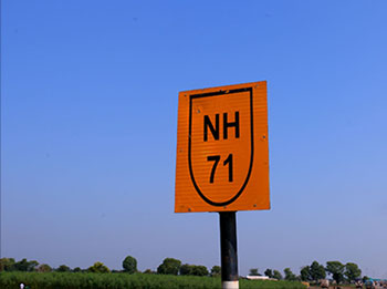 Retro Reflective Road Signs N H Sign