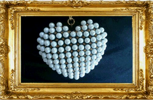 halsband hjärta pärlor