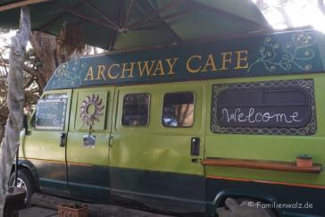 Archway Café in der Nähe vom Wharariki Beach