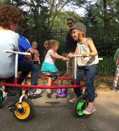 Maker Faire, Cirque Amongus, circular bike