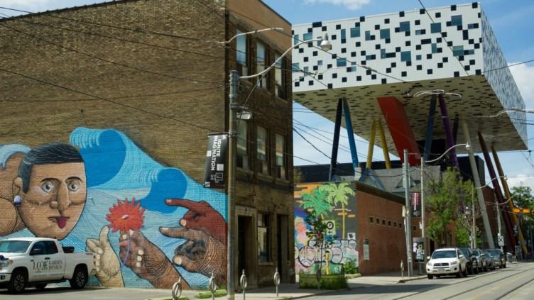 murale di Nunca e OCAD University