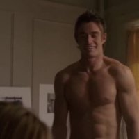 """Robert Buckley as Kirby Atwood shirtless in Lipstick Jungle 1x05 """"Chapter Five: Dressed to Kill"""""""