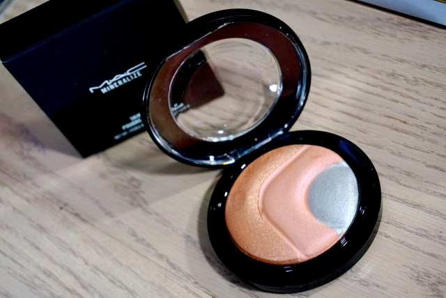 MAC Otherearthly Mineralize Skinfinish