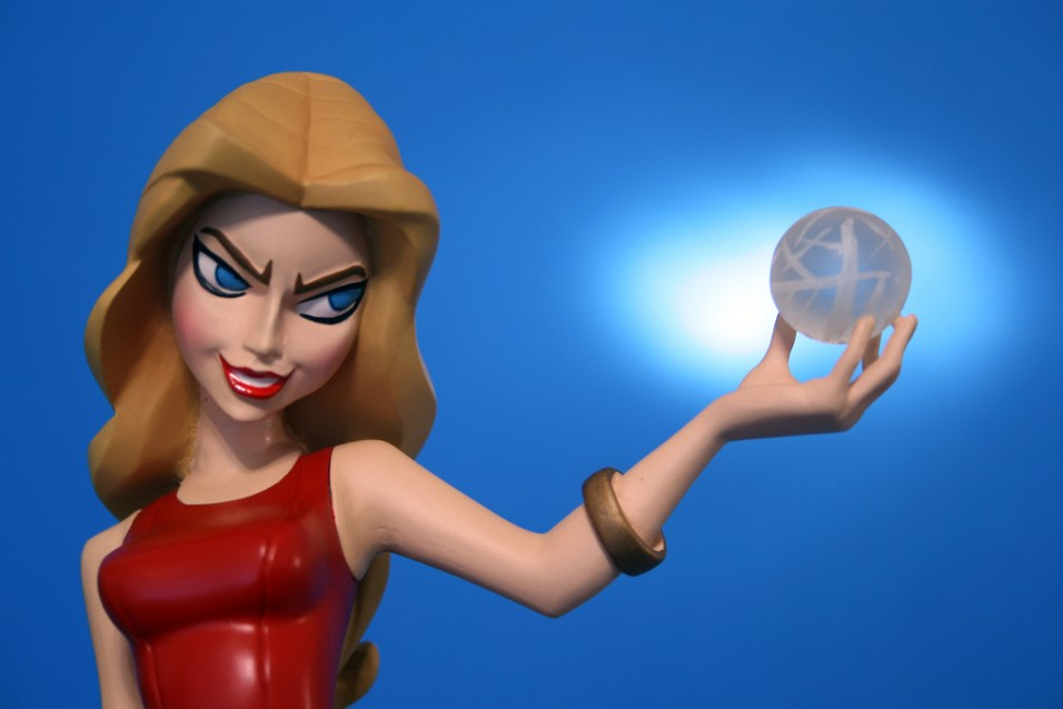 Buffy Tooned Up Glory Maquette 005