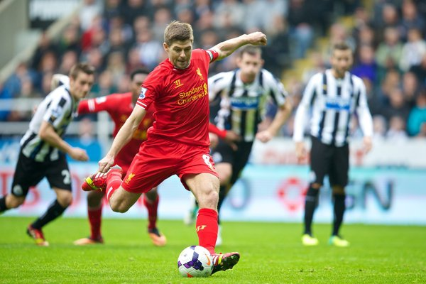 Gerrard scores his 100th Premier League goal (LiverpoolFC.com)