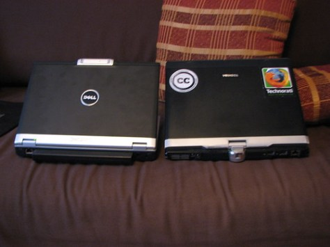 dell and toshiba next to each other