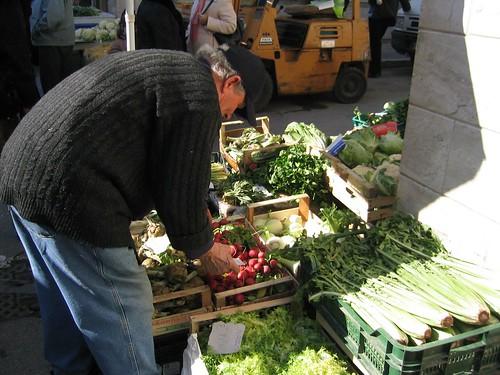 Arranging the veggies