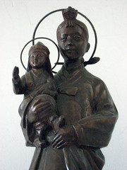 Virgin Mary and Baby Jesus, Wonhyoro Catholic Church