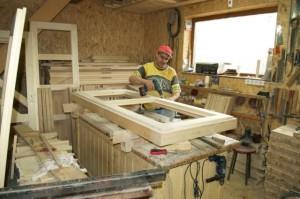 Angajări la un atelier de tâmplărie la Ghimbav