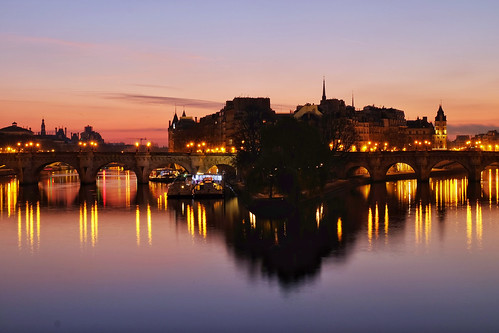 Sunrise at the Pont des Arts