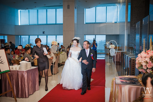 peach-wedding-20150412-696