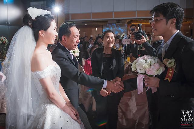 peach-wedding-20150412-712