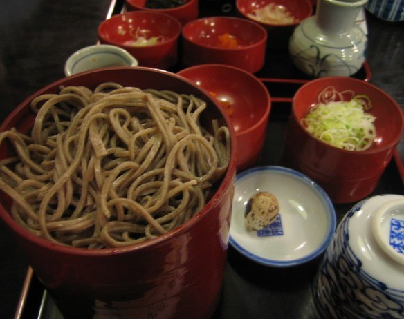 soba; buckwheat noodle
