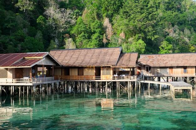 Lisar Bahari cottages