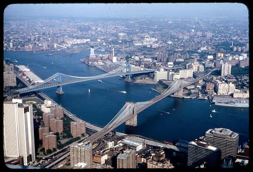 Brooklyn Bridge and Manhattan Bridge (a view that no longer exists)