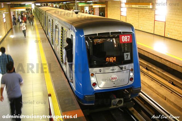 Metro de Santiago - Alstom NS2004 N2087 - Santa Ana (L2)