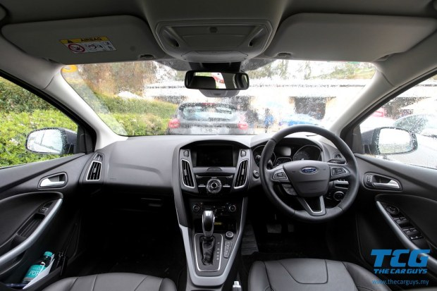 2015 Ford Focus Drive (37)