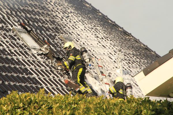 IMG_9632-2-600x400 Heidemeer woningbrand 5