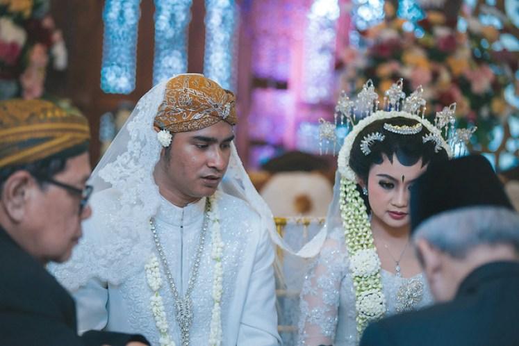 gofotovideo wedding at CIMB Niaga Bintaro akad nikah 035