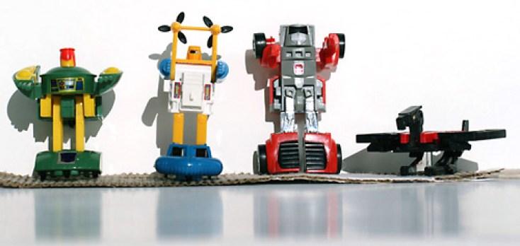 Lisa's transformers bots