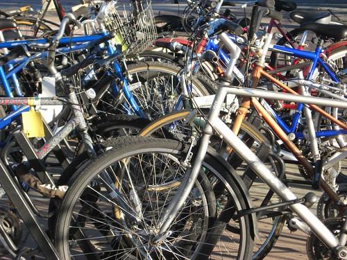 Palo Alto bike parking