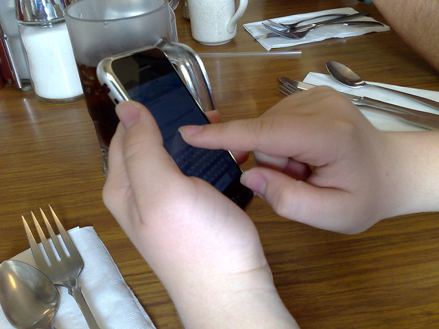 iPhoning at mealtime