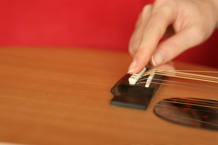 restringing guitar - 10