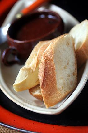 baguette&jam2.jpg