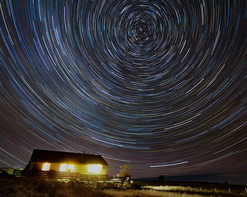 Star trails • <a style=&quot;font-size:0.8em;&quot; href=&quot;http://www.flickr.com/photos/69544236@N04/24719675614/&quot; target=&quot;_blank&quot; data-recalc-dims=