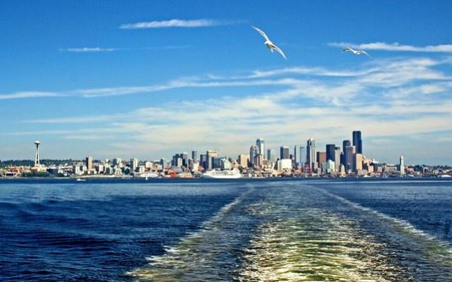 Seattle //  Travel Inspiration // Erika Xplores: Adventures of a Writer & Slow Traveler // Travel tips, travel narratives. Travel, hike, camp, explore. Wander curiously & Maunder On.