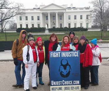 ACP Washington DC chapter director, Lauren Handy, and ACP Cullowhee, NC chapter director Melissa Stiwinter were able to meet up this past week during the March for Life. Here they are with other pro-life warriors in front of the White House. #FightInjusti