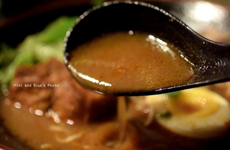 台中拉麵一中街鐵人麵倉美食小吃16